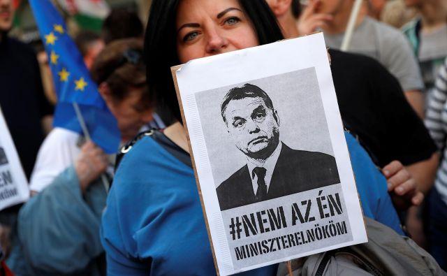 Protesti v Budimpešti aprila letos FOTO: Bernadett Szabo/Reuters