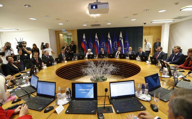 Takole so prvič sedli skupaj člani 13. slovenske vlade pod vodstvom Marjana Šarca.