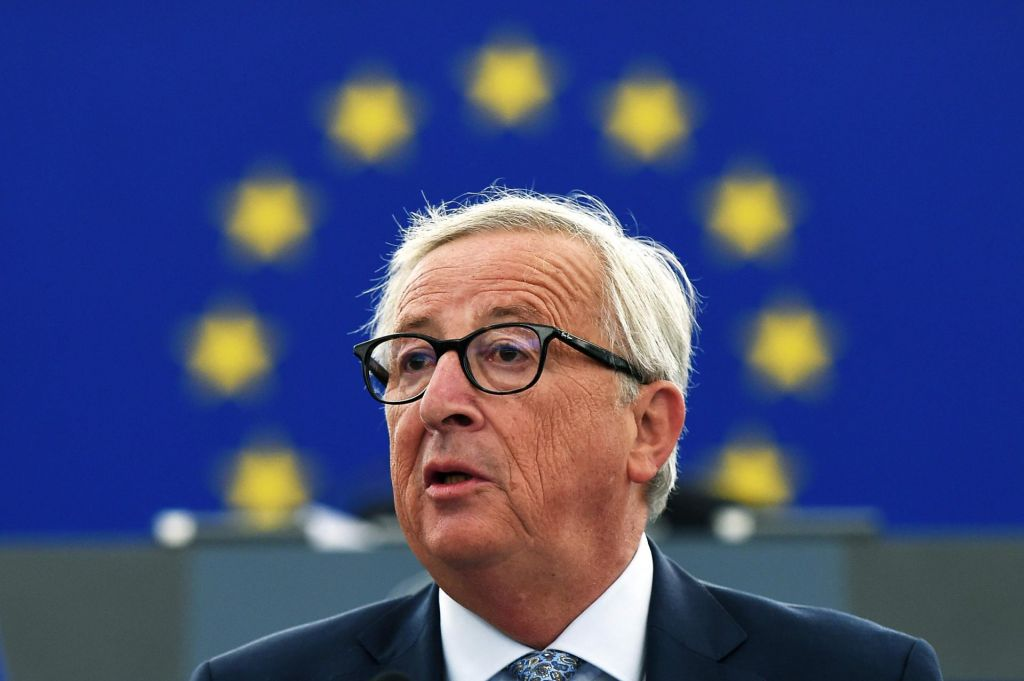Junckerju očitali, da nima stika z realnostjo