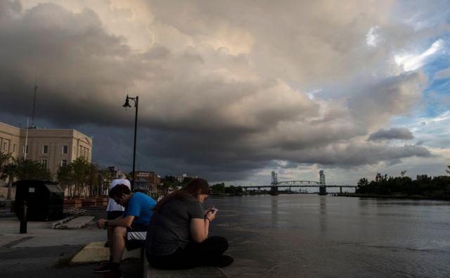 Severno Karolino so številni zapustili preden udari Florence. FOTO: Andrew Caballero-Reynolds/AFP