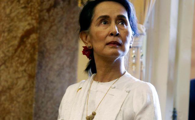 Nobelovka Aung San Su Či je podprla zaporno kazen za Reutersova novinarja. FOTO: Ngujen Huj Kam/Reuters