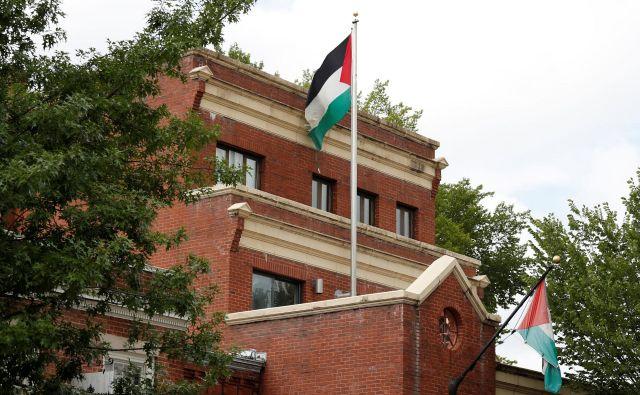 Palestinci si želijo, da bi bilo zaprtje misije kratkotrajno. FOTO: Kevin Lamarque/Reuters