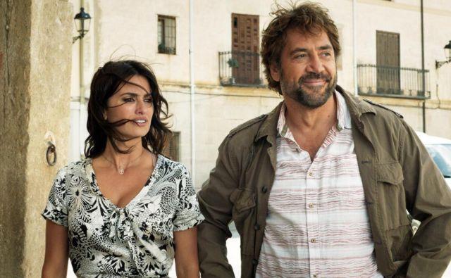 V filmu Vsi vejo gledamo odlična igralca Penélope Cruz in Javierja Bardema, ki sta v zasebnem življenju zakonca. FOTO: Promocijsko gradivo