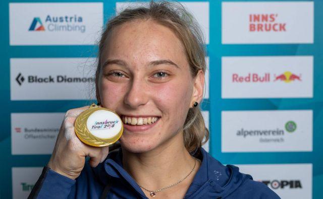 Janja Garnbret je svetovna prvakinja! FOTO: AFP