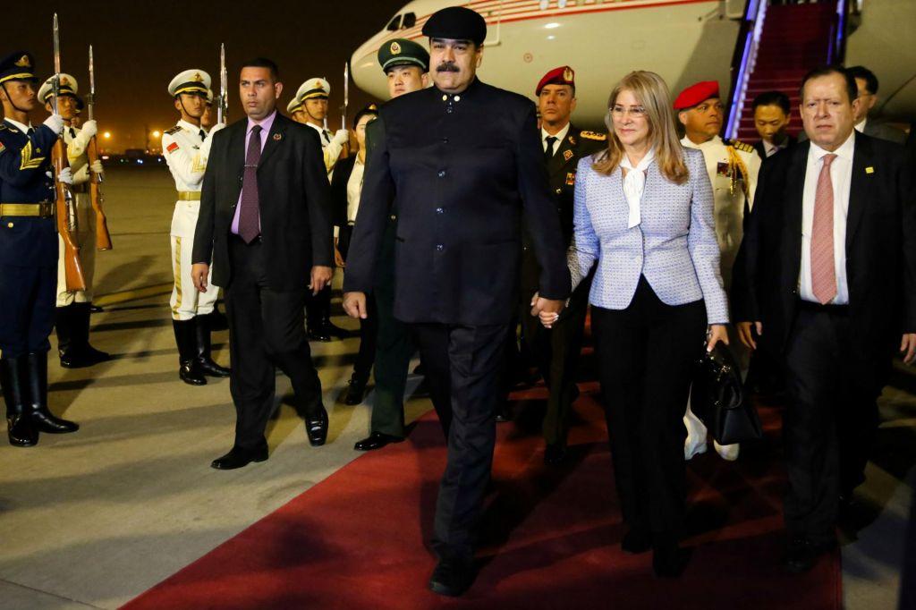 Maduro po denar na Kitajsko