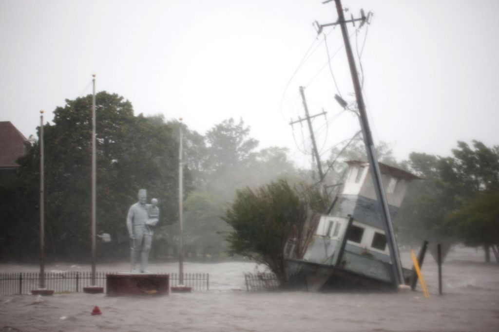 FOTO:Orkan Florence zahteval prve smrtne žrtve