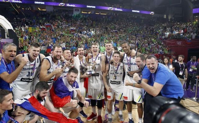 Slovenija je lani osvojila Olimp, letos je padla v brezno. FOTO: Blaž Samec