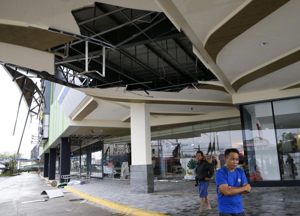 FOTO:Filipini zrejo v uničenje, ki ga je prinesel tajfunMangkhut (FOTO)