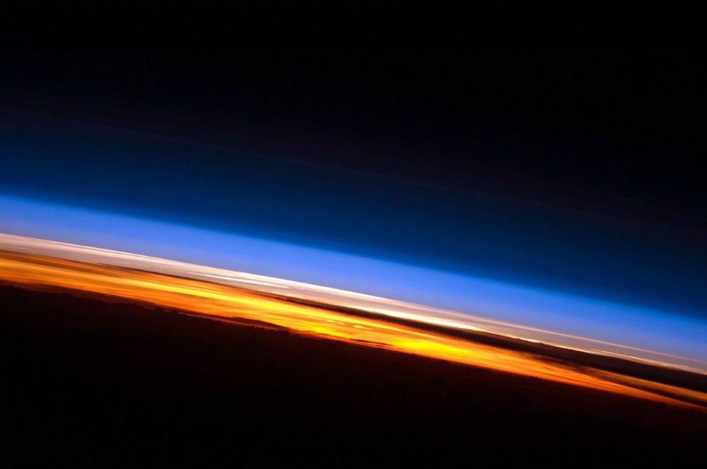 Z ozonsko luknjo nas narava opozarja, da le počasi odpušča napake