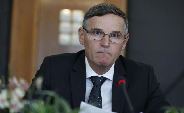 Novi finančni minister Andrej Bertoncelj bo moraj takoj krepko zavihati rokave. FOTO Leon Vidic