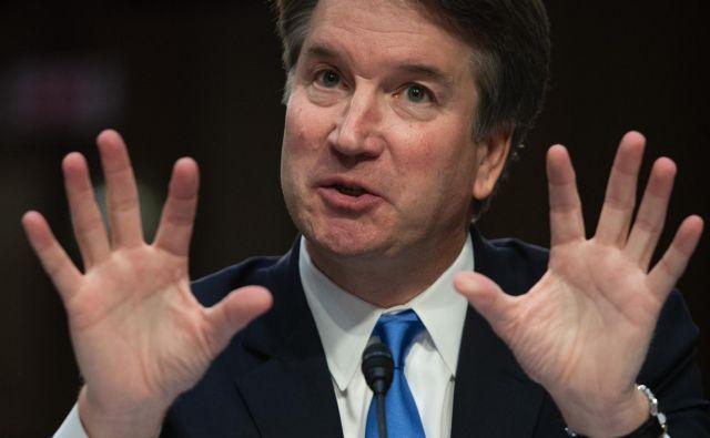 Demokrati na vse načine poskušajo razkriti Kavanaughovo pravo podobo. FOTO:Saul Loeb/AFP