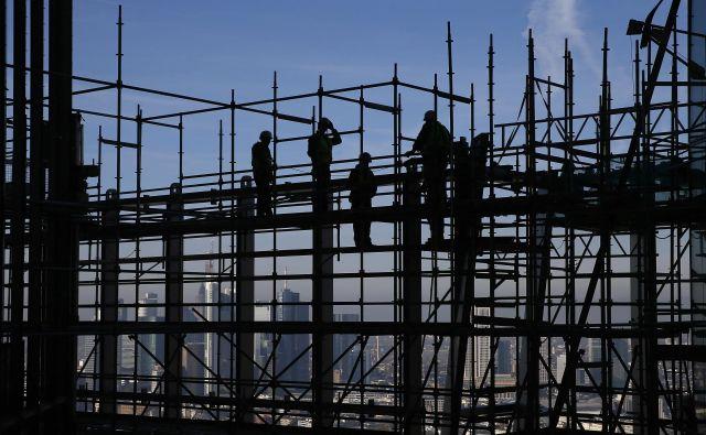 Nemški in tudi avstrijski gradbeni trg sta sicer dolgoročno stabilnejša kot slovenski, kjer smo v zadnjem desetletju imeli visoke rasti in globoke padce. Foto Reuters
