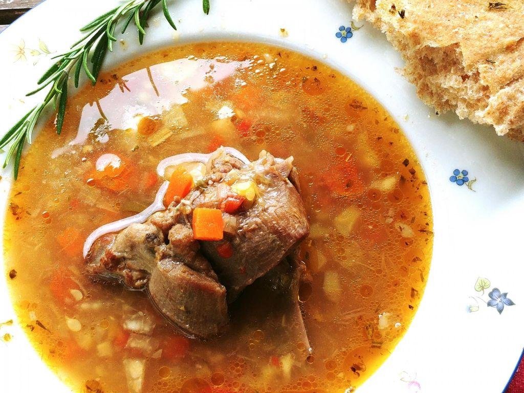 Poletov recept: Jagenjčkova obara
