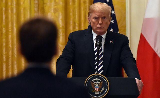 »Jaz sem kralj dolga, nihče ne pozna dolga bolje od mene,« se je Trump leta 2016 kot predsedniški kandidat hvalil na televizijski mreži <em>CBS</em>. Foto: Nicholas Kamm/Afp