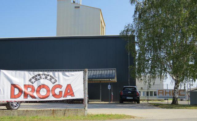 Gosad v Središču ob Dravi, poslovna enota podjetja Ahac. FOTO: Franc Milošič Foto Franc Milosic