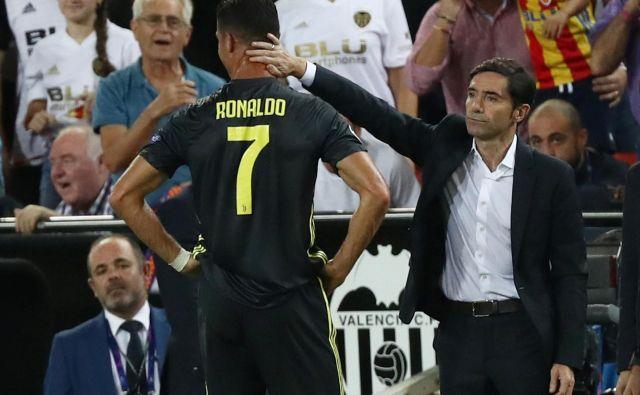 Cristiano Ronaldo je že v prvem polčasu končal tekmo z rdečim kartonom. FOTO: Reuters