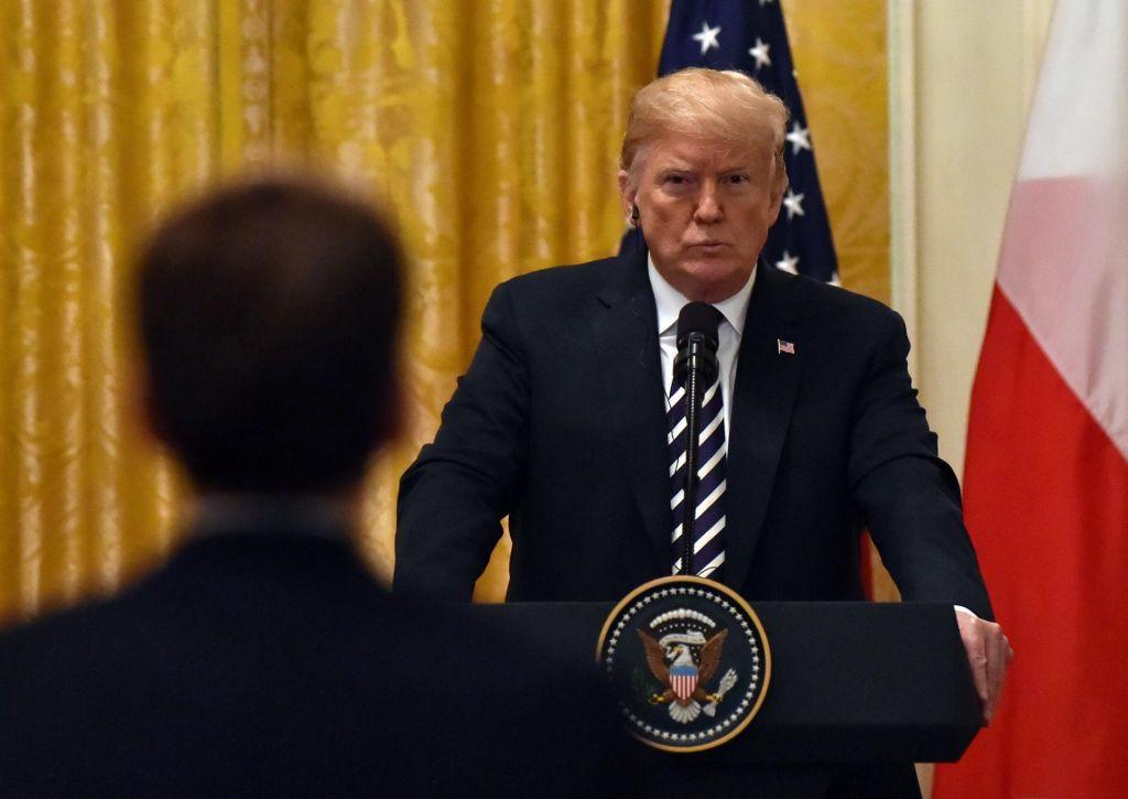 Trumpovi hereziji: dolg in carine