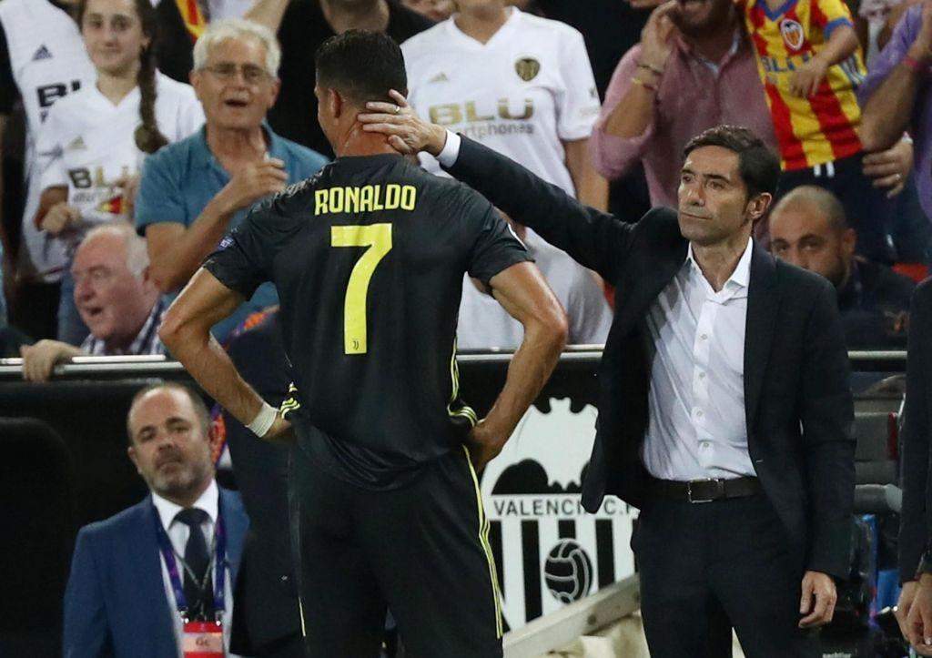 Liga prvakov: branilci naslova začeli z zmago, Ronaldo pa z rdečim kartonom