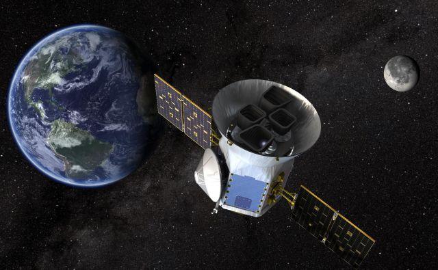 Umetniška upodobitev satelita TESS. FOTO: NASA's Goddard Space Flight Center