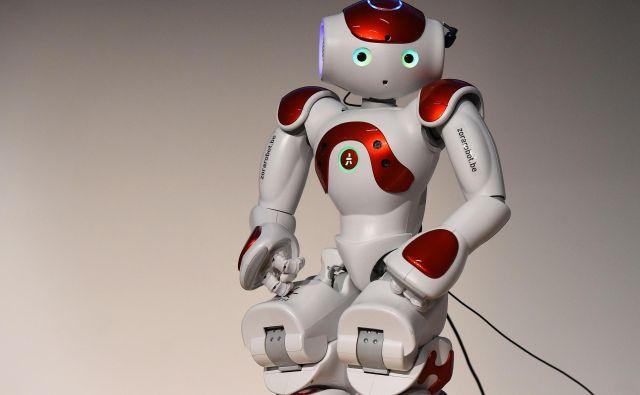 Nekateri roboti so še videti kot roboti, vse več pa jih je zelo podobnih človeku. FOTO: AFP/Tobias Schwarz