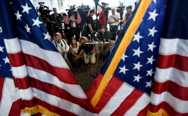 Kavanaugh navedbe o spolnem napadu leta od začetka zanika. FOTO: Brendan Smialowski/AFP