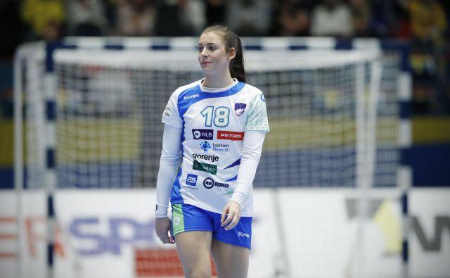 Nina Zulić je ena vodilnih igralk novega rodu slovenskih rokometašic. FOTO: Uroš Hočevar
