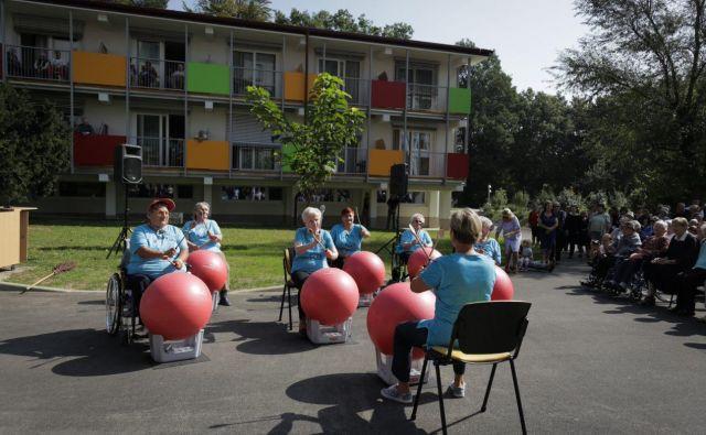 DSO Ljubljana Vič - Rudnik ima obilo zelenih površin z veliko možnostmi za telesno dejavnost stanovalcev. Foto arhiv DSO
