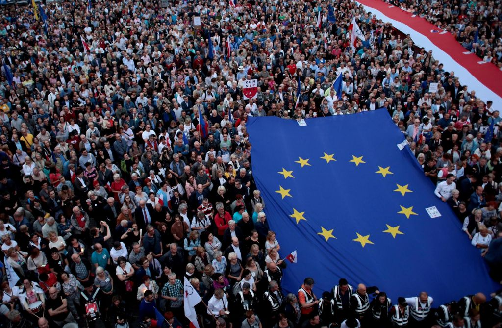 Bruselj proti Poljski na sodišču EU