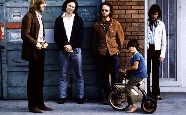 Beseda ljubezen je v naslovu štirih izmed enajstih pesmi na albumu – toliko o temačnosti Doorsov. FOTO: Reuters