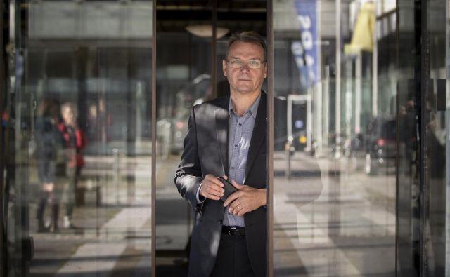 Nekdanji predsednik stranke Marjan Podobnik, ki je favorit na sobotnih volitvah predsednika SLS, je bil prvi, ki je v slovenski politiki zaigral na strune populizma. FOTO: Voranc Vogel