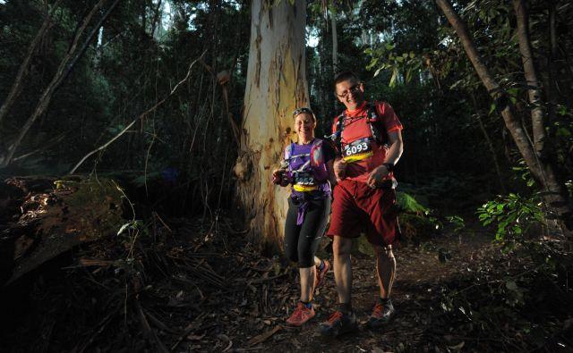 Na teku v dvoje po avstralskem govorju. FOTO: www.auroraimages.com.au