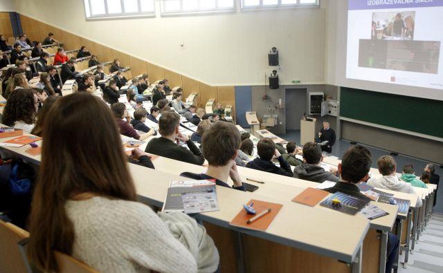 Študentov, ki študirajo na slovenskih fakultetah, je iz leta v leto vse manj. FOTO: Mavric Pivk/Delo
