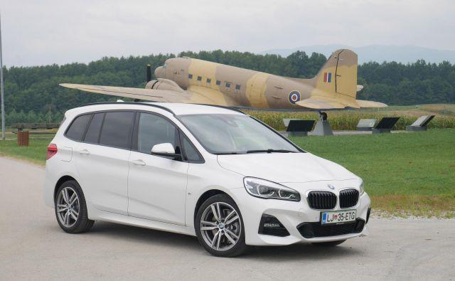 Gran tourer je BMW, ki je namenjen družinski uporabi in se zato konkretno razlikuje od drugih modelov – razen active tourerja, od katerega je s 4,556 metra za okroglih 20 cm daljši. FOTO: Boštjan Okorn