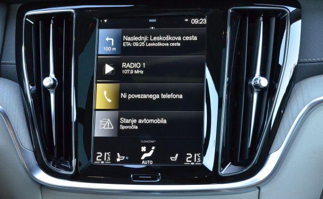 Tudi Volvo ima v vseh novejših modelih naš jezik. FOTO: Gašper Boncelj