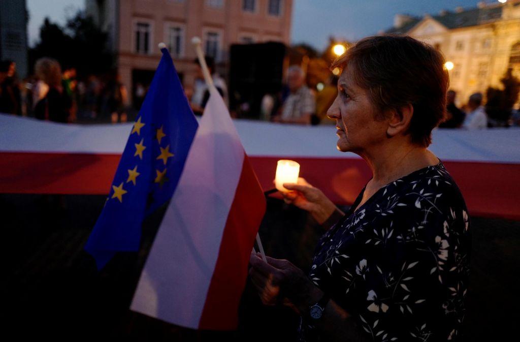 Napol izgubljena Poljska