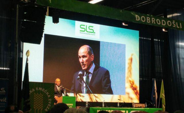 Janez Janša je na kongresu SLS napoved konec pozebe in spomnil na dobro sodelovanje v skupnih koalicijah v preteklosti. Foto Twitter Janez Janša