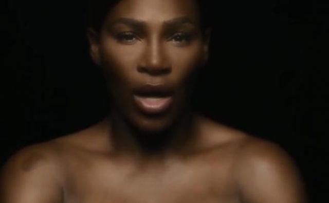 Serena je z video posnetkom, v katerem je zgoraj brez, želela opozoriti na pomen samopregledovajna. FOTO: Instagram