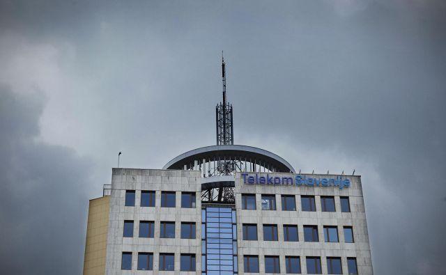 Telekom Slovenije v Ljubljani, 12. maja 2017 [Telekom Slovenije,Ljubljana,stavbe,telekomunikacije] Foto Leon Vidic/delo