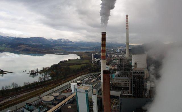 Če bo Slovenija hotela doseči cilj 1,5 stopinje Celzija, bo morala odreči politično in finančno podporo fosilnim virom. Foto: Roman Šipić