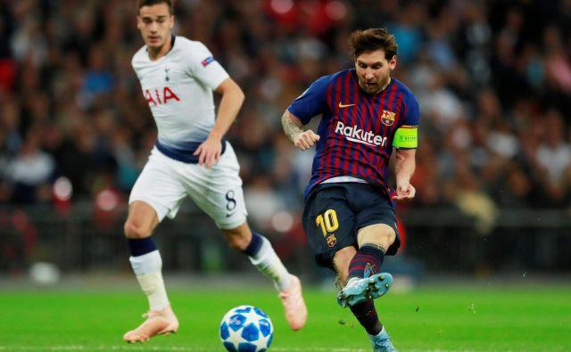 Messi je dvakrat zadel vratnico, v tretje je žoga le končala v mreži. FOTO: Reuters