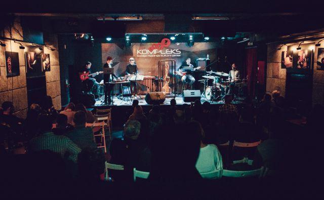 Cilj festivala slovenskega jazza je predstavljati domače avtorsko glasbeno ustvarjanje. (Na fotografiji lanski koncert Vida Jamnika z zasedbo) Foto arhiv Ravne Jazza