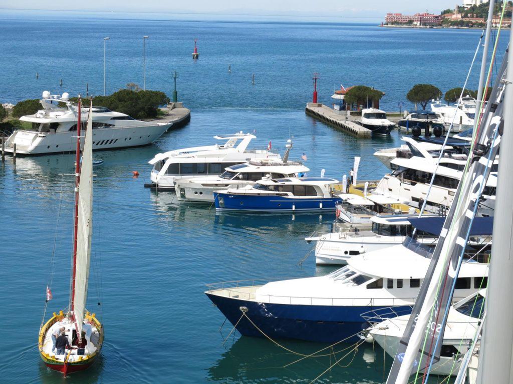 Prodaja Marine Portorož korak k razdolževanju DZS