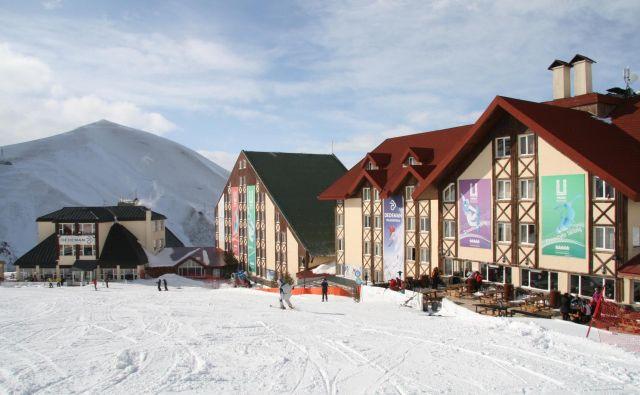 V Erzurumu so naredili lepo središče zimskega športa, a za olimpijske igre ta turški kraj še ni nared.<br /> FOTO Blaž Močnik