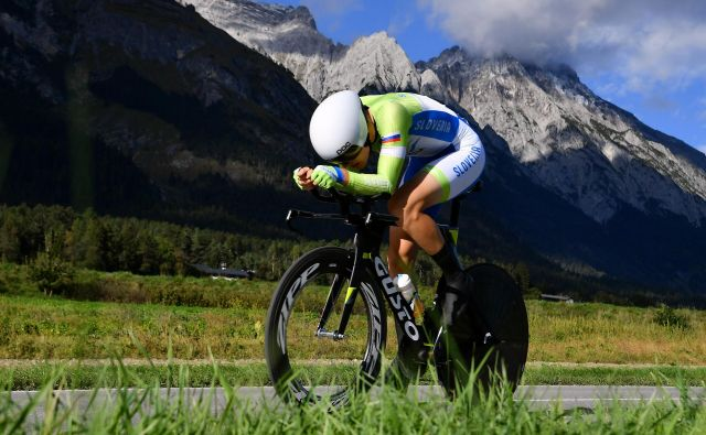 INNSBRUCK, AUSTRIA - SEPTEMBER 24: Izidor Penko of Slovenia / during the Individual Time Trial Men Under 23 a 27,8km race from Wattens to Innsbruck 582m at the 91st UCI Road World Championships 2018 / ITT / RWC / on September 24, 2018 in Innsbruck, Austria. (Photo by Justin Setterfield/Getty Images) Foto Justin Setterfield Getty Images