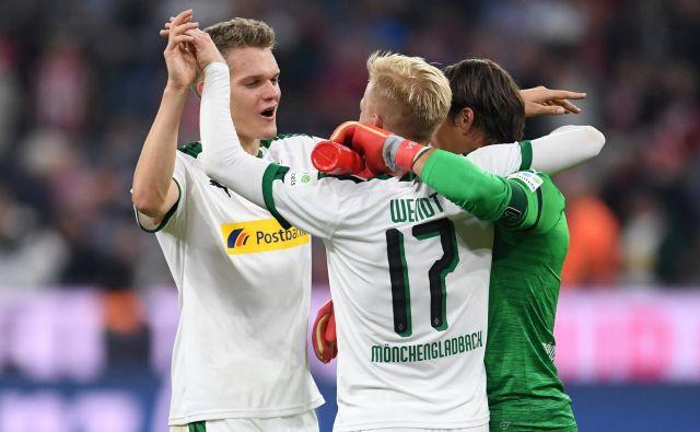 Nogometaši Borussie Mönchengladbach so imeli obilo razlogov za veselje. FOTO: Andreas Gebert/Reuters