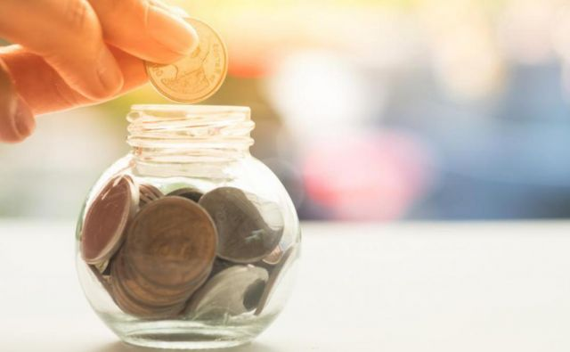 Če so padci za dolgoročne varčevalce v prvi tretjini varčevanja priporočljivi, se morate tem izogniti v zadnji tretjini. FOTO: Shutterstock
