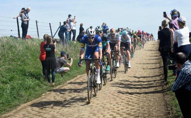 QuickStep je strah in trepet ne le na klasikah, temveč na praktično vsaki dirki, kjer se njihovi kolesarji pojavijo na štartu. FOTO: AFP