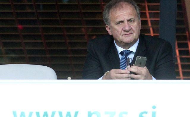 Ivan Simič je pri Iliriji, ki jo je želel utrditi na slovenskem nogometnem zemljevidu, ostal sam in se umaknil. FOTO: Dejan Javornik/Delo