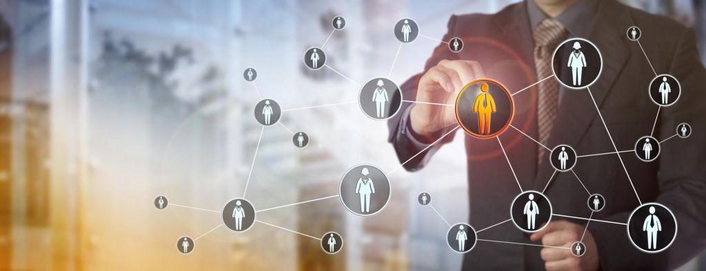 Podjetja so ljudje, zato je vez z njimi treba negovati
