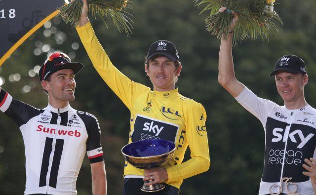 Thomasov zmagovalni pokal s Toura je dobil noge. FOTO: Francois Mori/AP